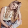 louisa-johnson-573979.jpg